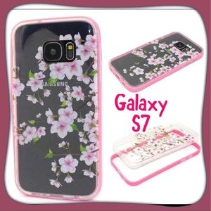 Accessories - 🆕🌸Galaxy S7🌸 light up floral case